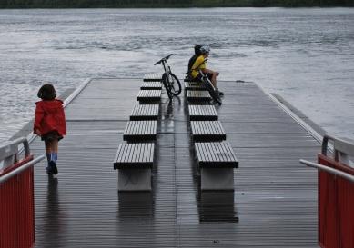 Ponton, au bord du Saint-Laurent (photo Rémi Leroux)