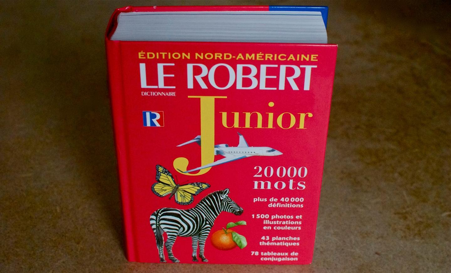 Dans «un grand souci pédagogique», Le Robert Junior stigmatise lesfilles